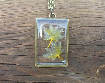 Yellow Flower Necklace  – Resin Jewelry – Resin Necklace – Resin Pendant - Pressed Flower Resin Jewelry – Real Flower Resin Jewelry