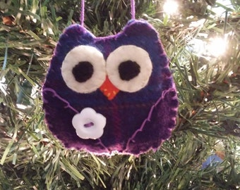 Purple Owl w/white button