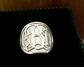 Signet Ring / Custom made Ring / Sterling silver monogram ring / Initial ring / Engagement ring / wedding ring / Hand Made just for you!