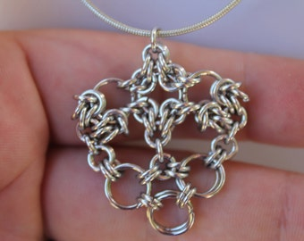 PDF Tutorial, Heart pendant chainmaille  PDF tutorial,  chainmaille pattern