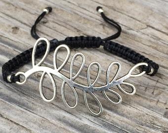 Leaf Bracelet, Adjustable Macrame Cord Bracelet, Leaf Jewelry, Statement Jewelry, Gift for Her, Branch Bracelet, Macrame Jewelry, Gift