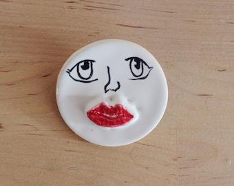 Lips Brooch