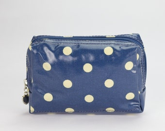 Small Makeup bag - Oilcloth zip pouch - Oil cloth Cosmetic case - Beauty pouch - Makeup organizer - Ladies Beauty case - Blue polka dot
