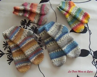 6/12 months crochet baby socks