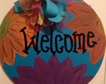 Round Welcomed Flower Door Hanger