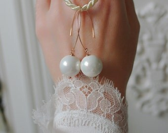 16 mm Majorica Pearl rose gold GF earrings 16 mm Majorica Pearl rose gold GF dangle earrings