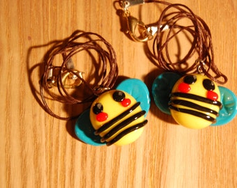 super cute bee charm necklace in fimo