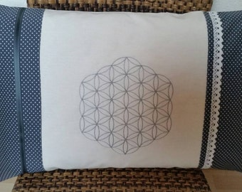 """Cushion """"Flower of life"""" in silver"""