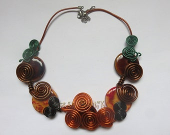 Aluminium and ceramic wire spirals necklace
