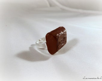 Ounce of Nestlé chocolate ring