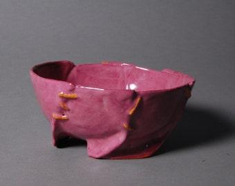 Ceramic 'stitched' bowl rose
