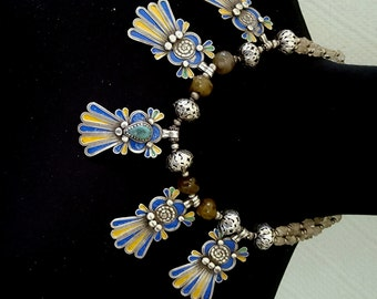 Morocco - Beautiful necklace with silver beads, glass beads and silver hands of Fatima with enamel  & stone finely worked pendants