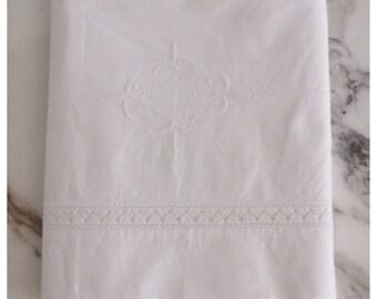 M6858 Vintage Embroidered European Sheets Set