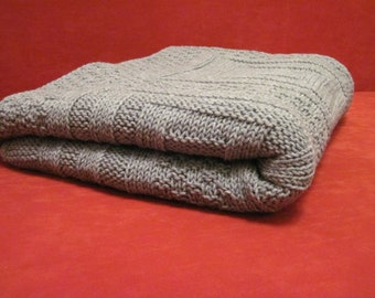 Hand-Knit Blanket - Gray