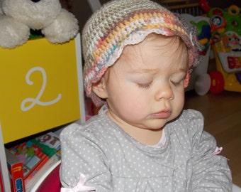 Handmade Hat, baby girl 6-12 months