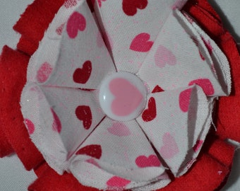 pink/ white/ red/ hearts/ hair clip