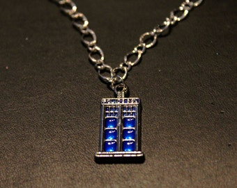 Tardis necklace - silver chain necklace with a tardis (Doctor Who) charm