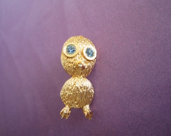 Vintage Big Eyed Bird Pin