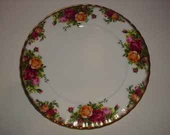 Lot of 2 Royal Albert OLD COUNTRY ROSES Salad Plates