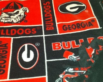 READY TO SHIP Georgia Bulldog Knotted Fleece Throw With Antipill  Backing