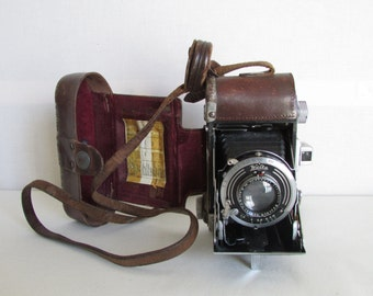 Lovely Vintage Welta extending camera.