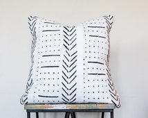 """Authentic White African Mud Cloth Pillow w/ Black Tribal Pattern // DOWN INSERT INCLUDED // Decorative Throw Pillow (18"""", 22"""", 24"""", Lumbar)"""