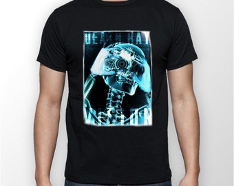 "Men's ""X-Ray Skull"" T-shirt  great Gift for a photographer ."