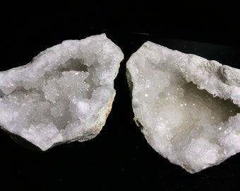 Whole the Morocco quartz Geode