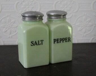 Vintage Jeannette Jadeite Salt and Pepper Shakers (1930's)