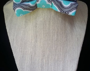 Children's Blue/white/gray bowtie