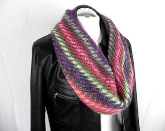LOOP * neck * diagonal handknitted * wool * wool