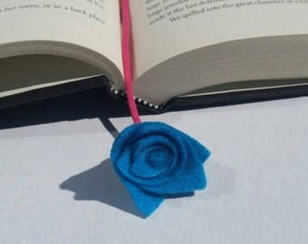 Handmade bookmarks,  handmade flower bookmarks, felt flowers, cord bookmark,  bookworm, gifts, gift favors, party favors, thank you gifts