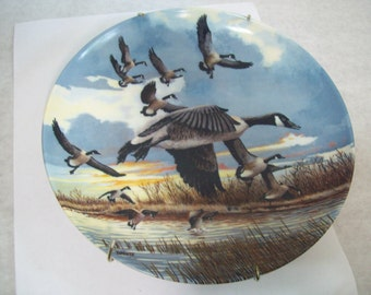 The Landing Donald Pentz Ceramic Collectible Plate 1986, Goose, Geese