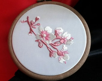 Small embroidery hoop, Japanese cherry blossoms, Spring in bloom, Silk white and pink embroidery, Hand made wall decoration, Made in UK