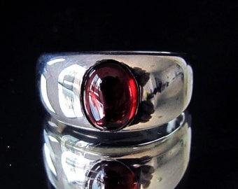 Sterling silver Gemstone ring Pyropos with dark red Garnet - Cabochon