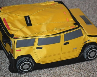 HARD to FIND  gm HUMMER  travel case suitcase yellow