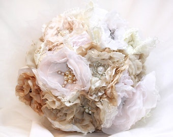 Marieewedding bouquet, bridal pearl bouquet bouquet, pearl and crystal bouquet, alternative wedding, Alice band, Bridal, bridal bouquet.