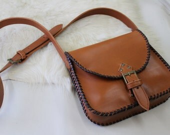 Unisex bag caramel brown leather