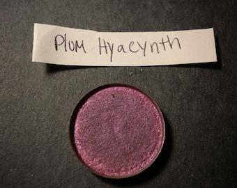 Plum Hyacinth pressed 26mm mica eyeshadow makeup