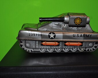 Vintage Toy  U.S.Army  Tin Tank M-105