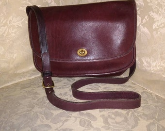 Vintage Brown Leather Coach Cross Body/Messenger Bag No. 875-4825