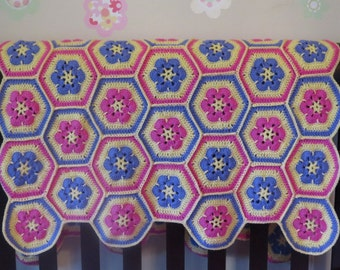 Crochet baby blanket, afghan flower