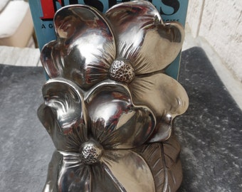 Vintage flower book end