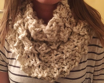 Infinity Scarf - Chunky Knit Tweed (Cream)
