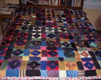 """Vintage patchwork quilt 61""""x76"""""""