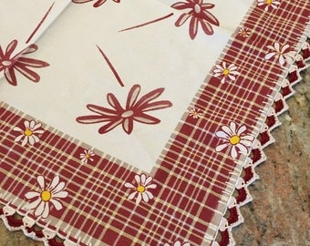 Square table runner or table doilie