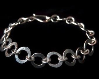 Hammered Oval Link Bracelet