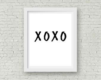 PRINTABLE xoxoxo Digital File, INSTANT DOWNLOAD, 8x10, Minimilist Love Quote, Wall Decor