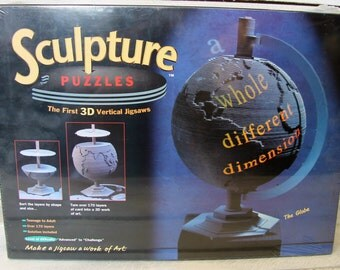 THE GLOBE 3D PUZZLE made in 1995 by Really Useful Games