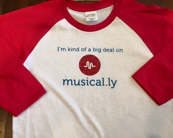 I'm Kind of a Big Deal on Musical.ly Raglan Sleeve T-Shirt